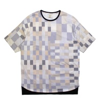 Block Pattern Crew Neck